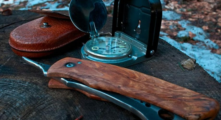 10 Not-So-Obvious Ways To Use A Survival Knife