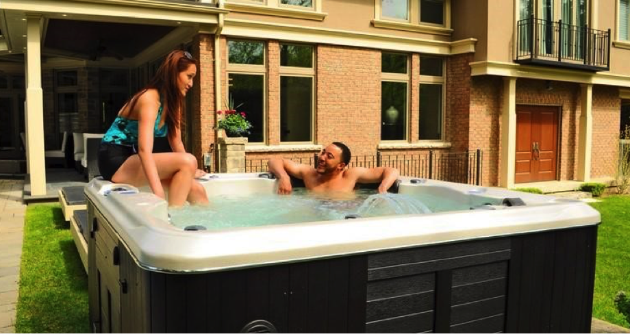 Improve Your Outdoor Lifestyle With These Top Hot Tub Accessories