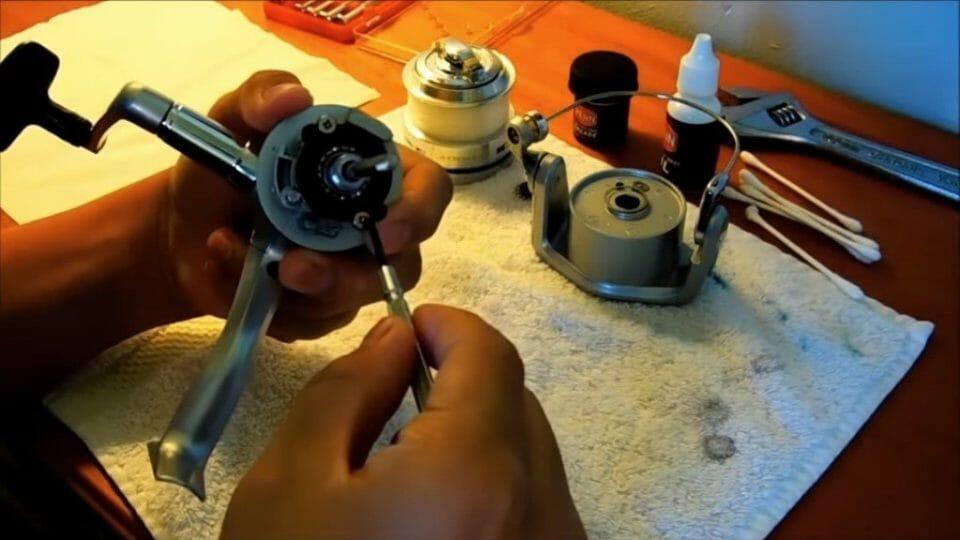 Spinning Reel cleaning.jpg