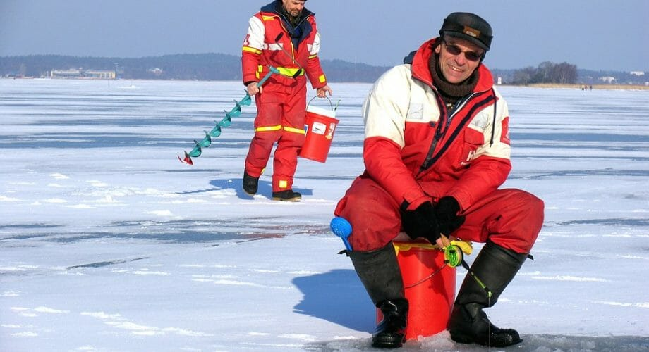 Ice Fishing Essential Gear That You Should Have