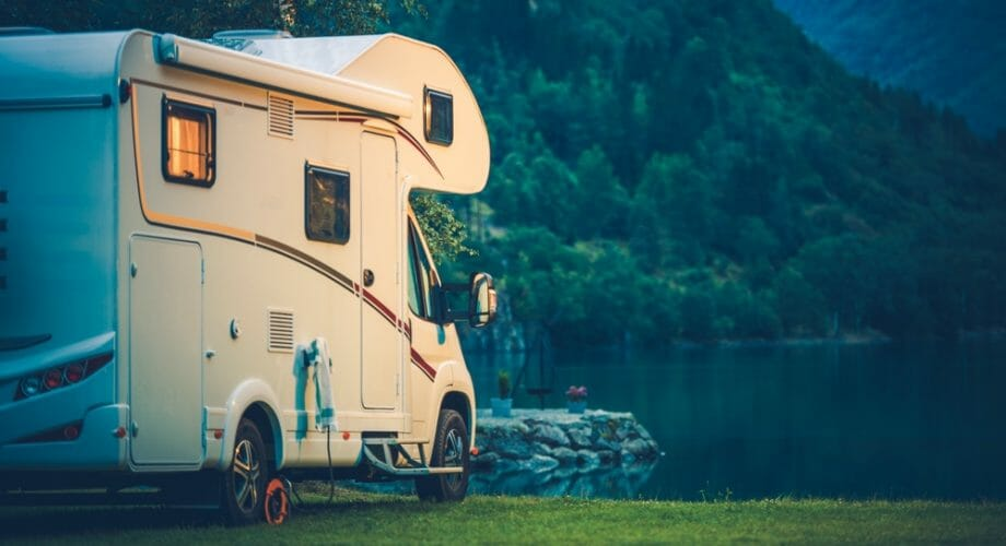 The Advantages of RV Rental When Going on Holiday