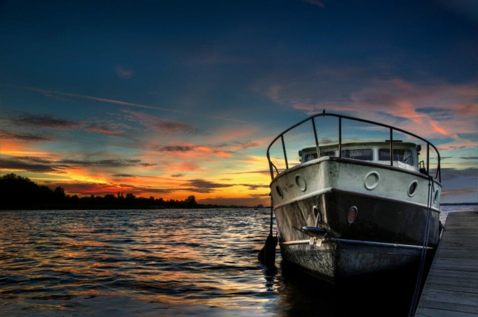 sunset-boat-lake-hdr-9242.jpg