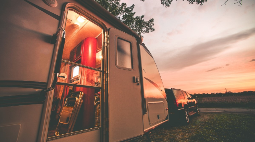 Benefits Of Renting A Travel Trailer When You Go Hunting