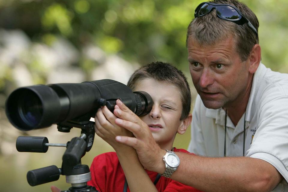 using a spotting scope