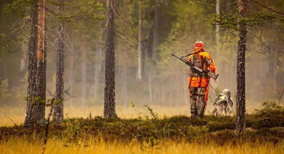 How To Stay Warm While Hunting This Winter