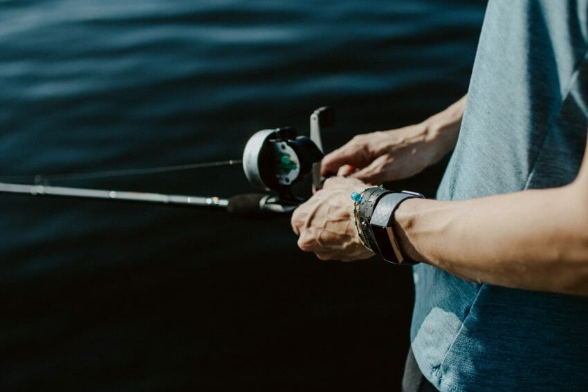 Electric Reels Vs. Manual Fishing Reels Fishing