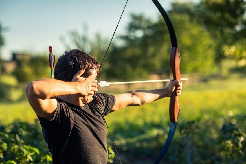 Crossbow vs Longbow  Hunting