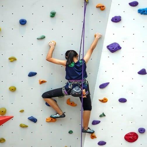 6 Bouldering Tips For Beginners To Consider outdoor activities, outdoor fitness Active Outdoors