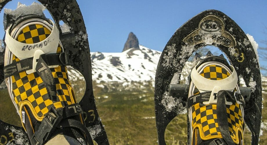 3 Tips to Loving Your First Time Snowshoeing Tips in 2021